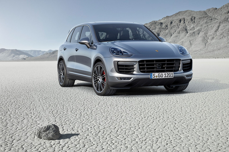 2015 Porsche Cayenne Turbo - Fanaticar Magazin