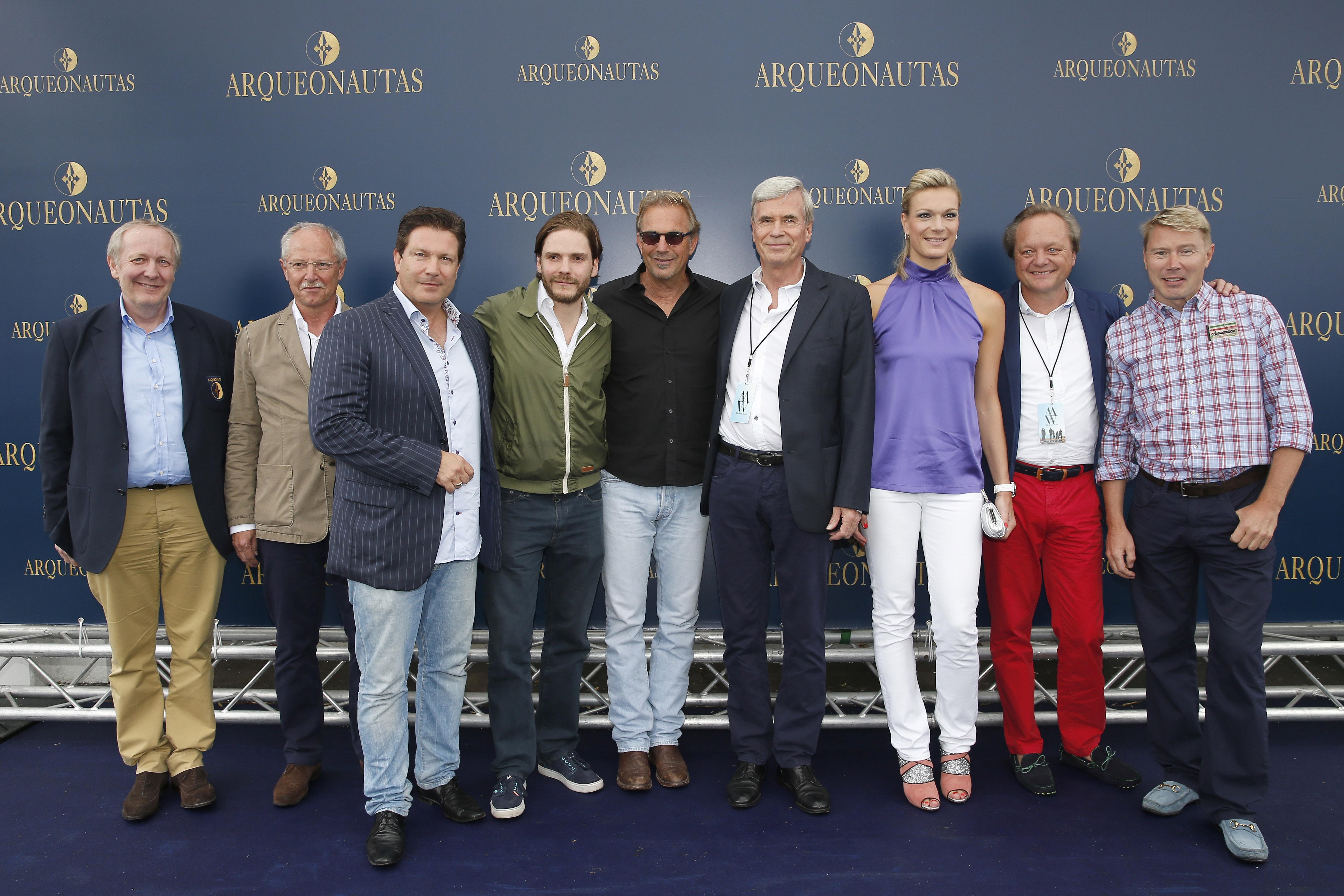 Arqueonautas Presents Kevin Costner - Music Meets Fashion