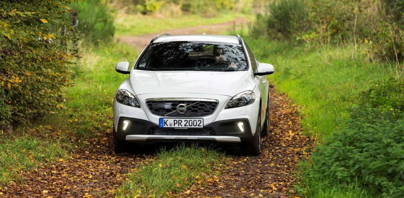 2015 Volvo V40 T5 Cross Country AWD - Fanaticar Magazin