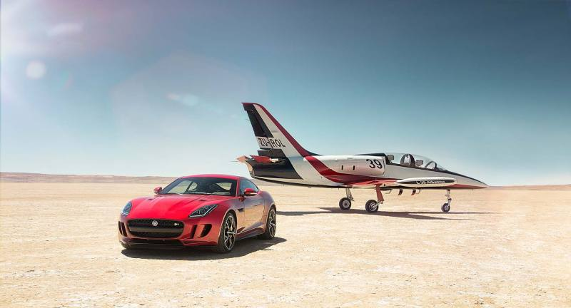 Jaguar F-Type R AWD Coupé - Fanaticar Magazin