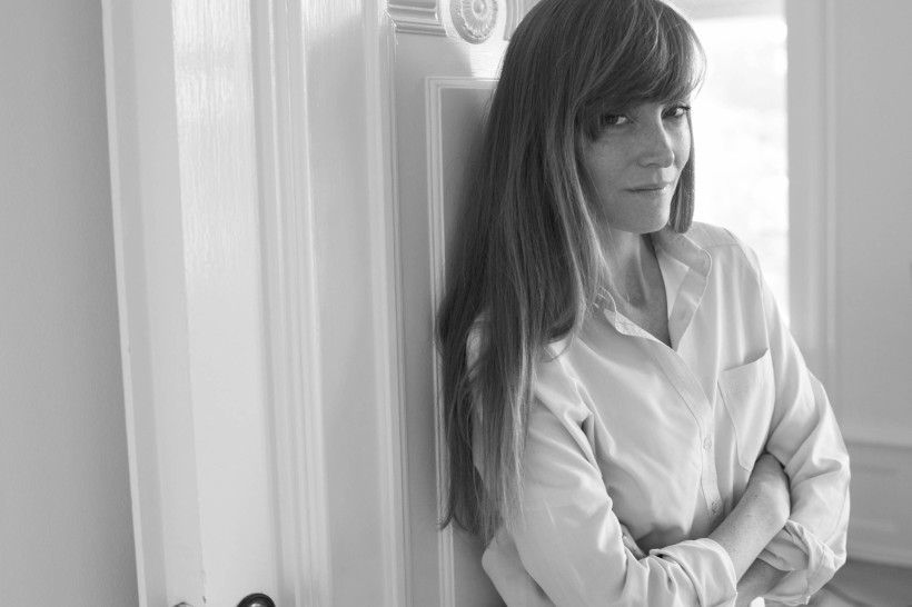 Dänische Modedesignerin Stine Goya verleiht Bang & Olufsen neue Farbe