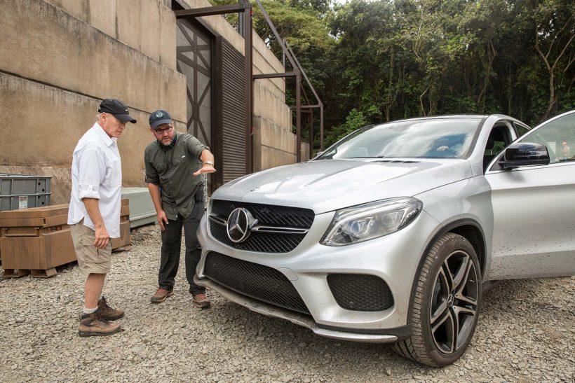 15C12 01-820x547 in Jurassic World bekommt Unterstützung vom Mercedes-Benz GLE Coupé
