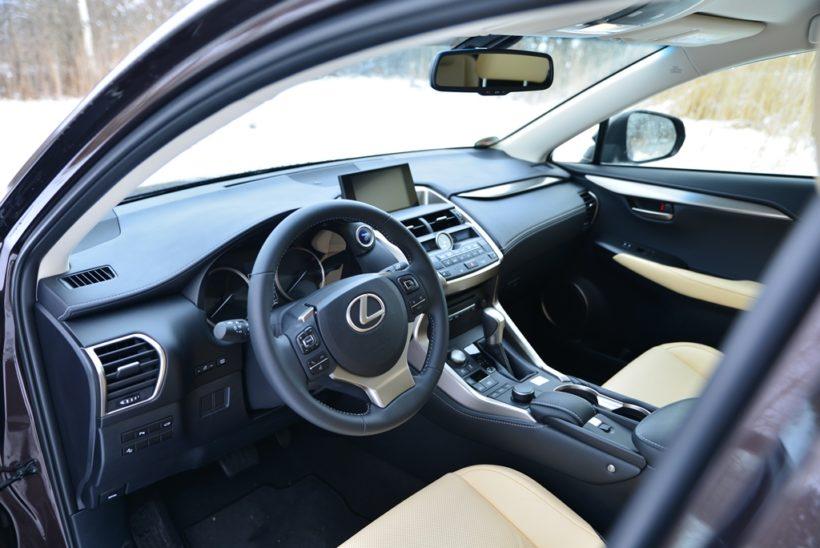 DSC 4902-820x548 in Fahrbericht Lexus NX 300h E-FOUR Executive – Volle Kante