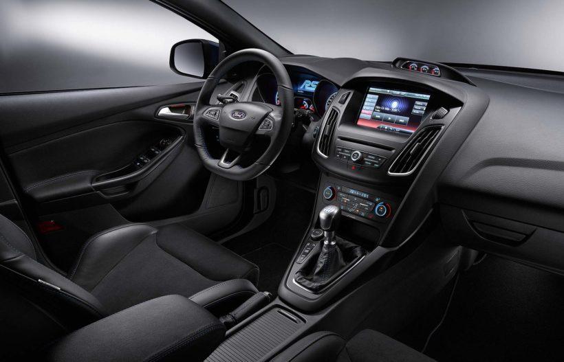 FordFocusRS Interior 01-820x527 in 2015 Ford Focus RS - Allrad Marsch!!!!