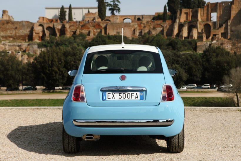 """2007 – der moderne Fiat 500 tritt das Erbe des """"Nuova 500"""" an"""