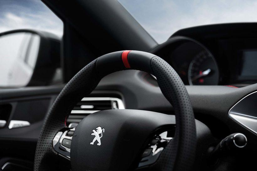 2015 Peugeot 308 GTi by Peugeot Sport   Fanaticar Magazin