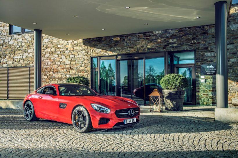 Mercedes-AMG GT S vor Kempinski Hotel Berchtesgaden