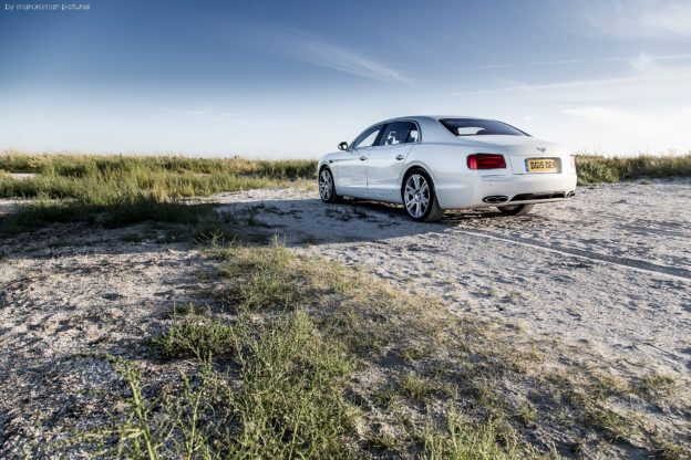 2015 Bentley Flying Spur V8 | Fanaticar Magazin