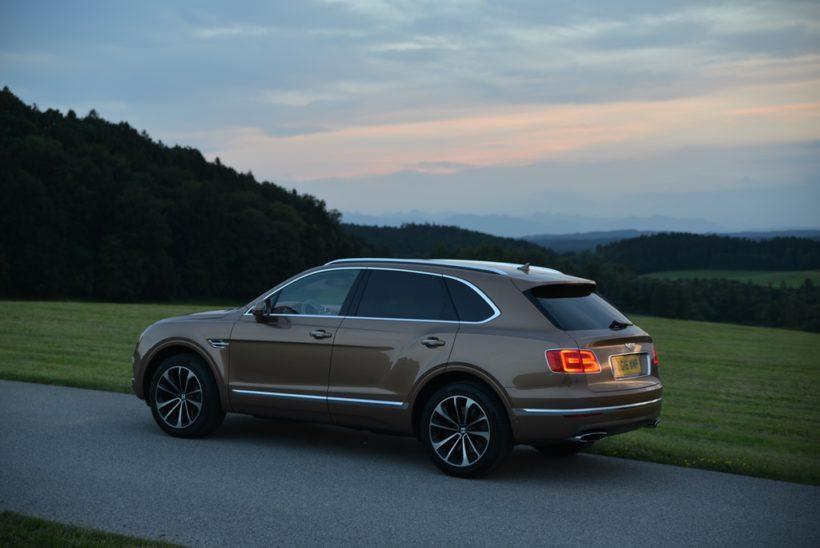 2016 Bentley Bentayga | Fanaticar Magazin