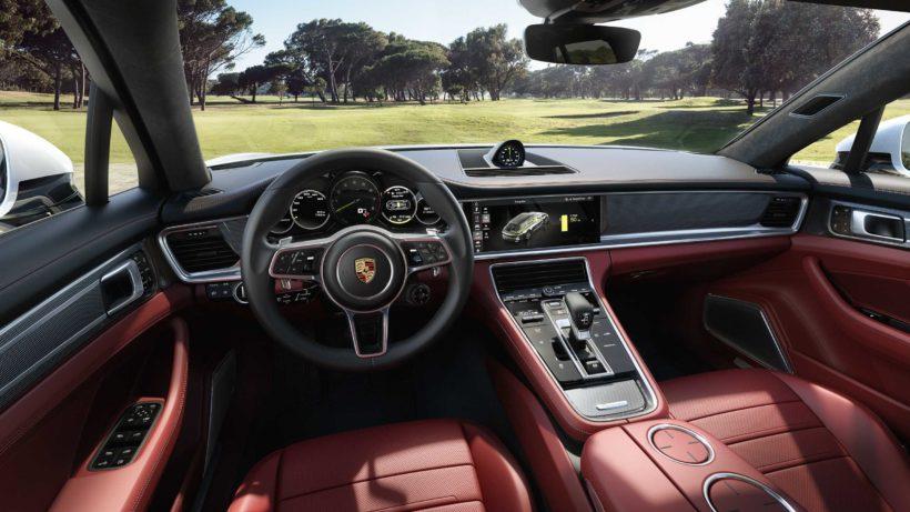 2018 Porsche Panamera Sport Turismo - Fanaticar