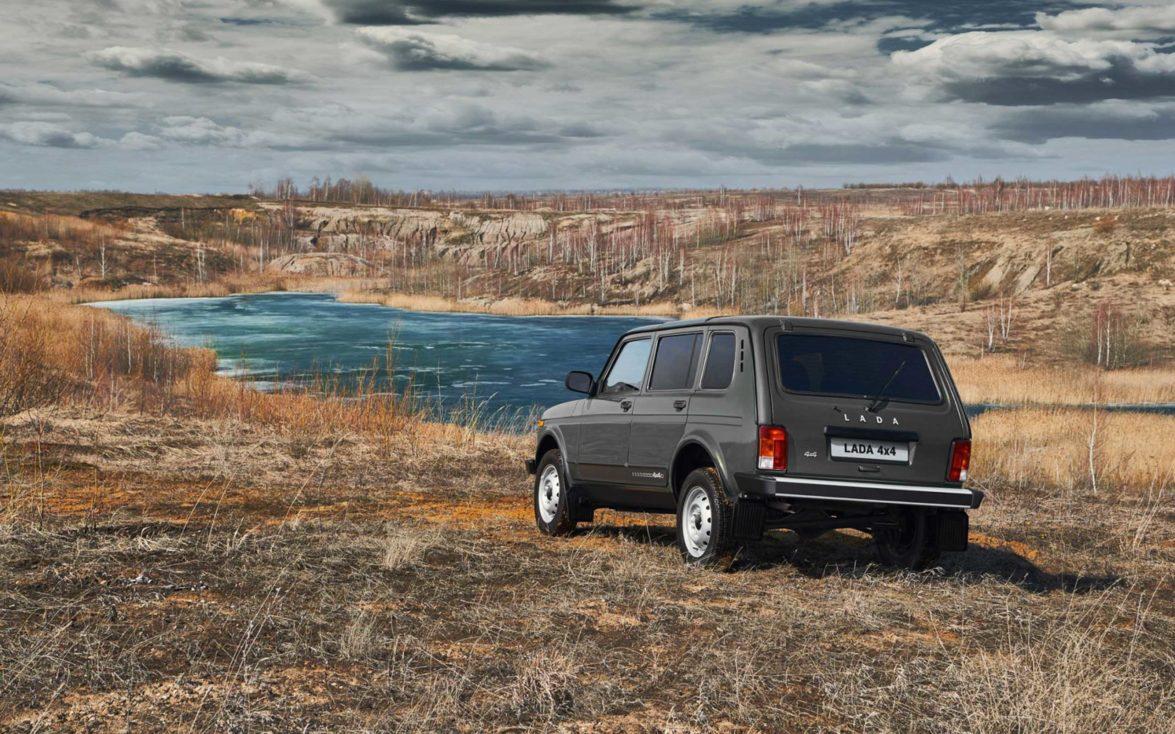 Lada 4x4 Lang | Fanaticar Magazin