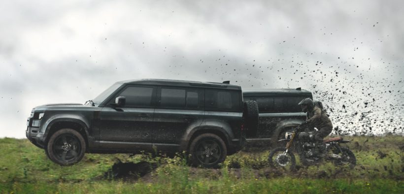 2020 New Land Rover Defender - James Bond 007