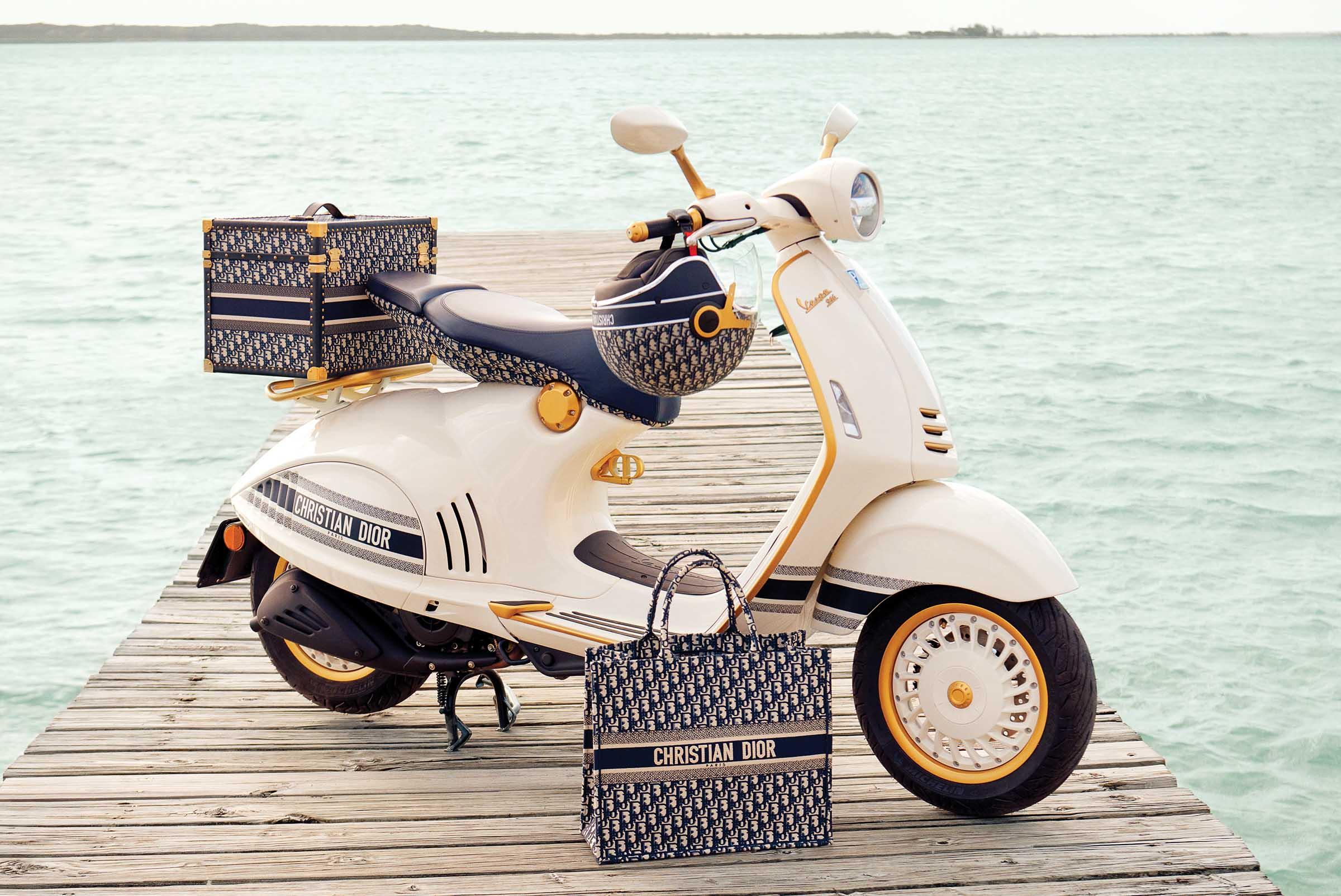 Vespa 946 Christian Dior | Fanaticar Magazin