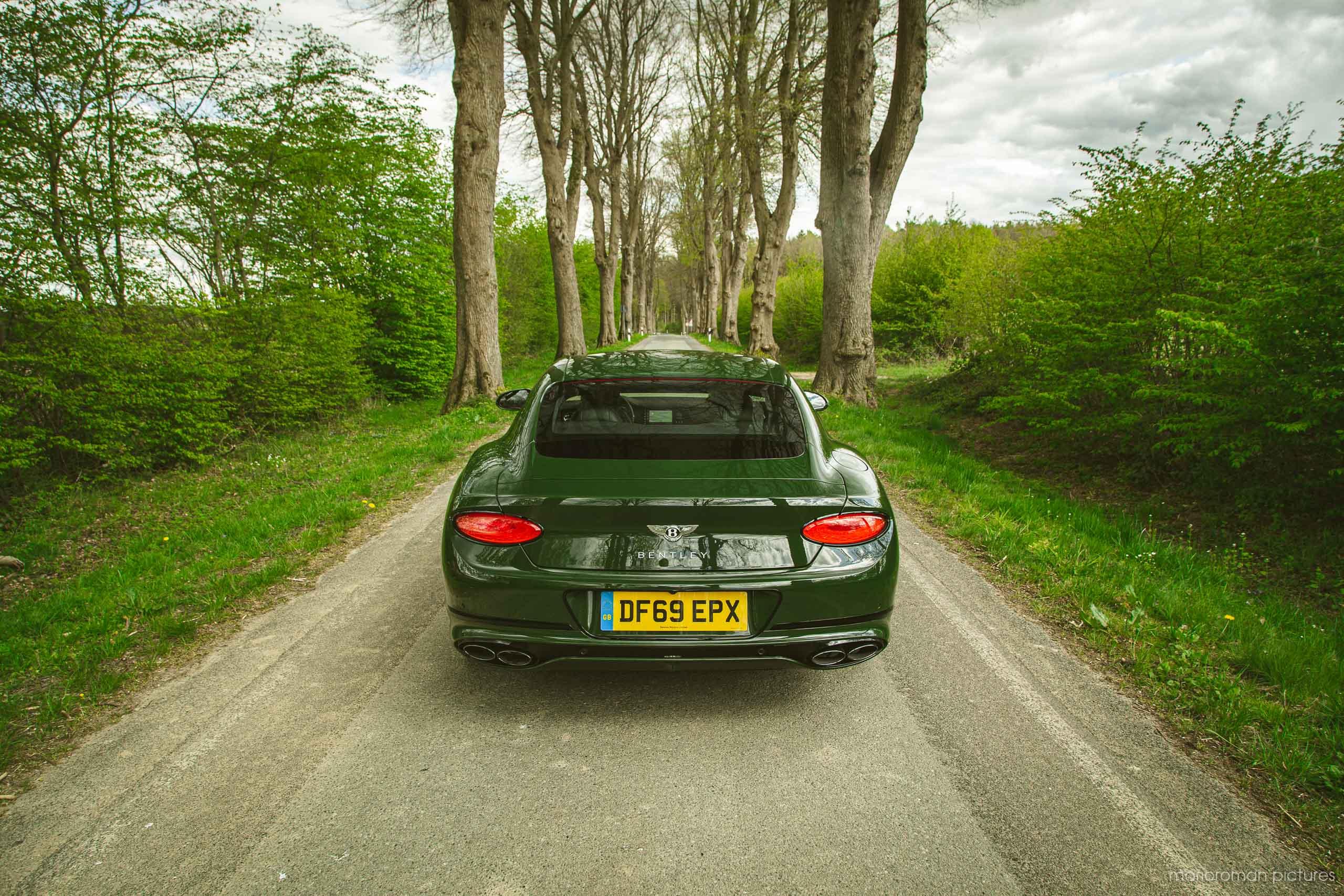 2020 Bentley Continental GT V8 | Fanaticar Magazin / MarioRoman Pictures