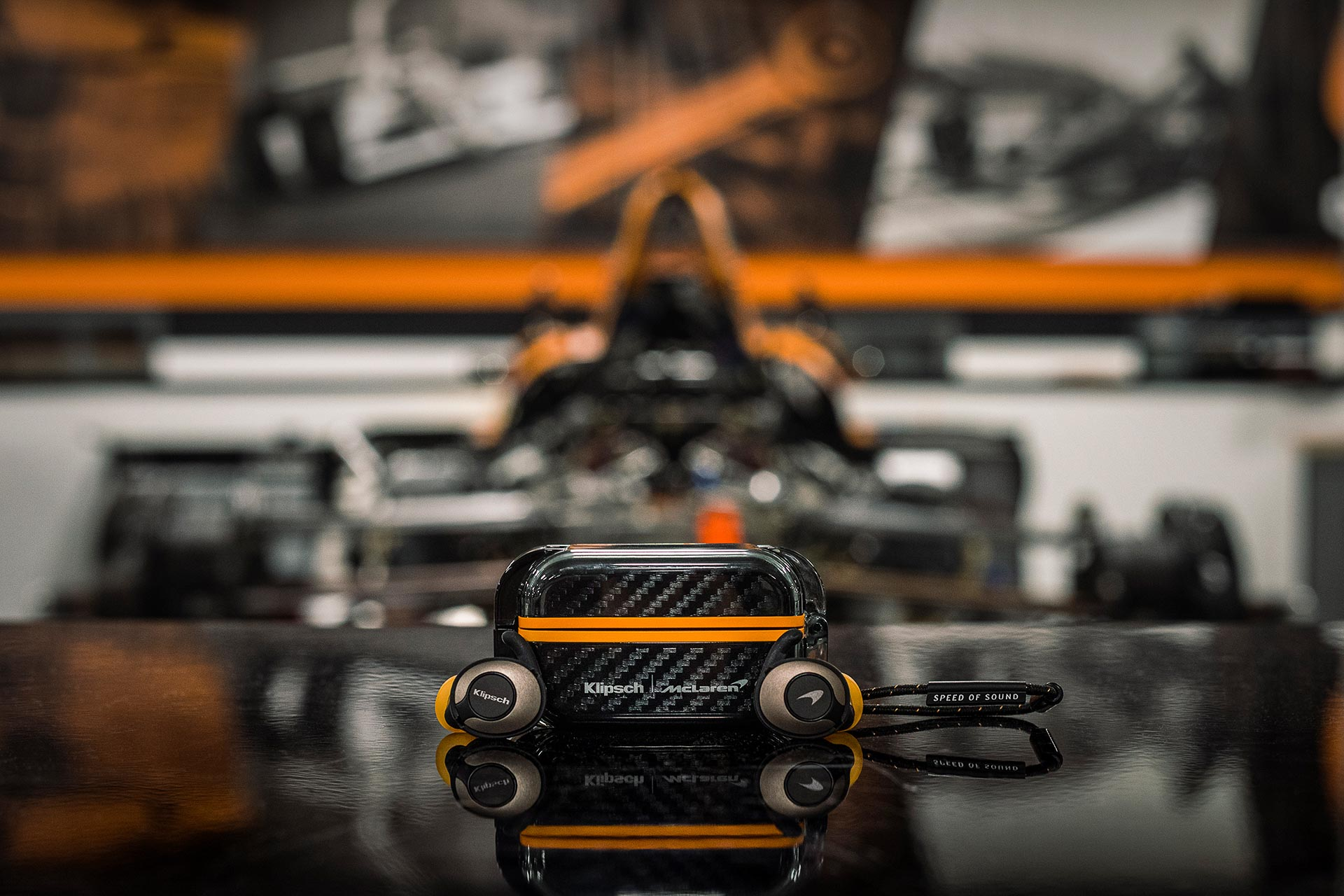 Klipsch T5 II True Wireless Sport McLaren Edition | Fanaticar Magazin