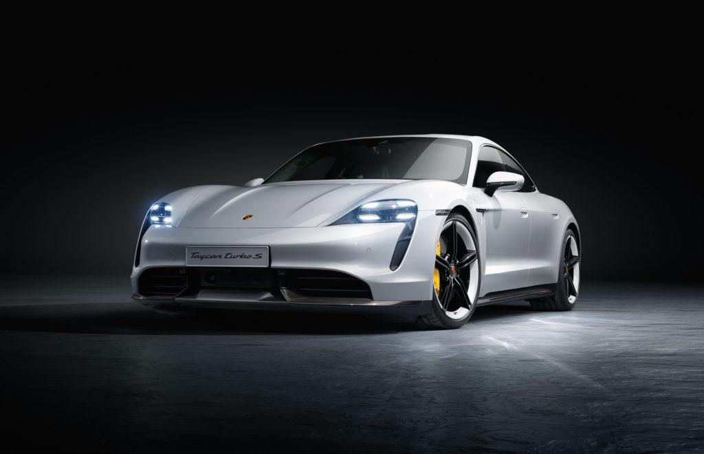 2020 Porsche Turbo Taycan S | Fanaticar Magazin