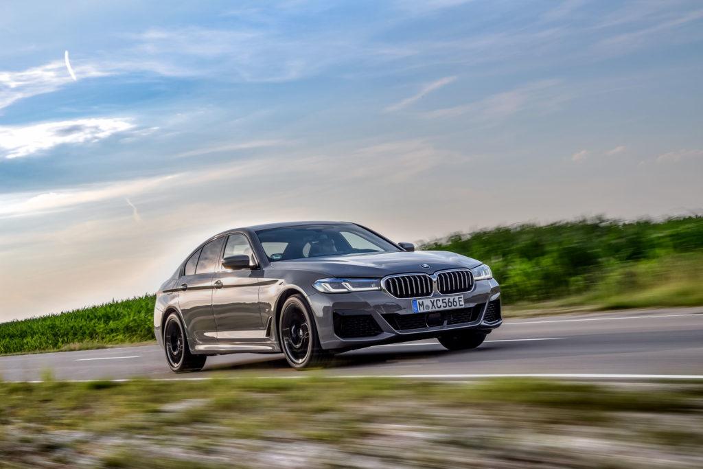 2021 BMW 545e xDrive | Fanaticar Magazin
