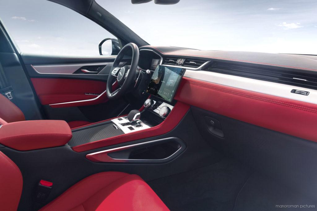 update für den jaguar f-pace (2021)   effizienter luxus
