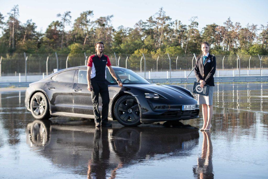 2020 Porsche Taycan Drift Rekord   Fanaticar Magazin