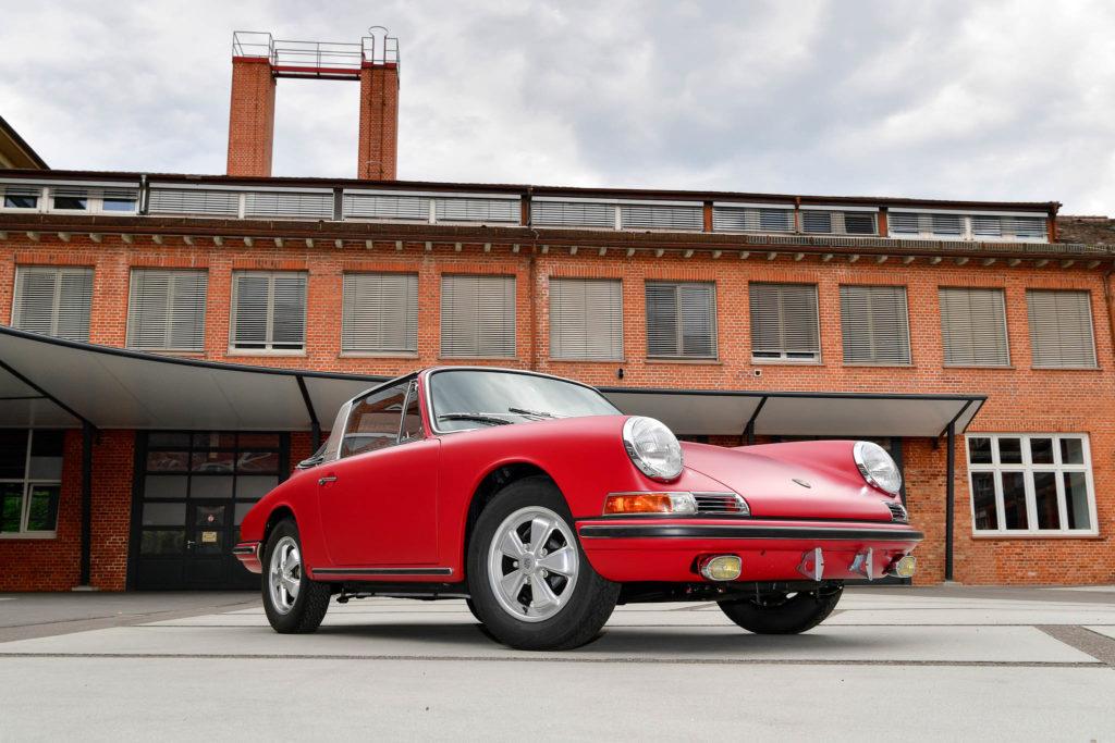 1967 Porsche 911 Targa S by Porsche Classic | Fanaticar Magazin
