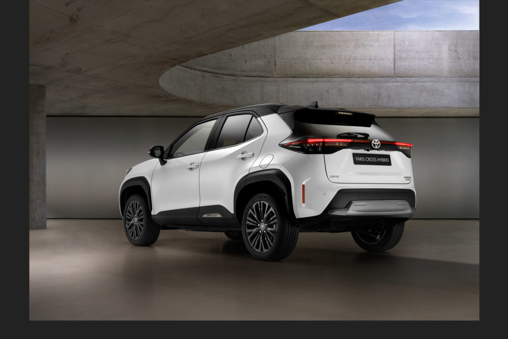 2021 Toyota Yaris Cross Adventure | Fanaticar Magazin