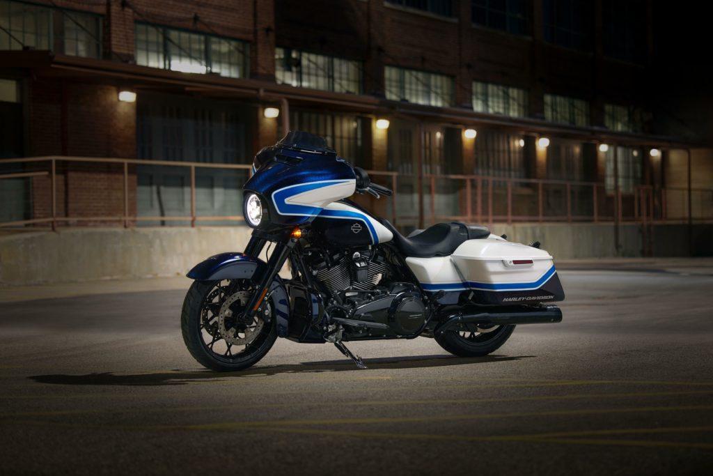Harley-Davidson Street Glide Special Arctic Blast | Fanaticar Magazin