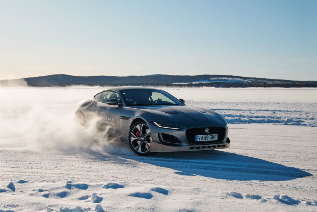 2022 Jaguar Land Rover Ice Academy   Fanaticar Magazin