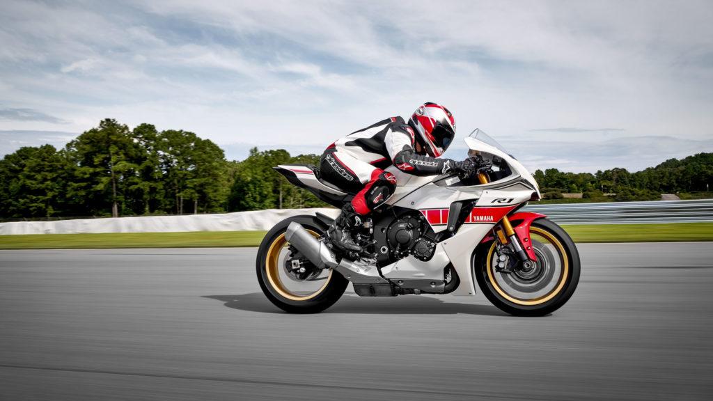 2022 Yamaha R1 - World GP 60th Anniversary | Fanaticar Magazin
