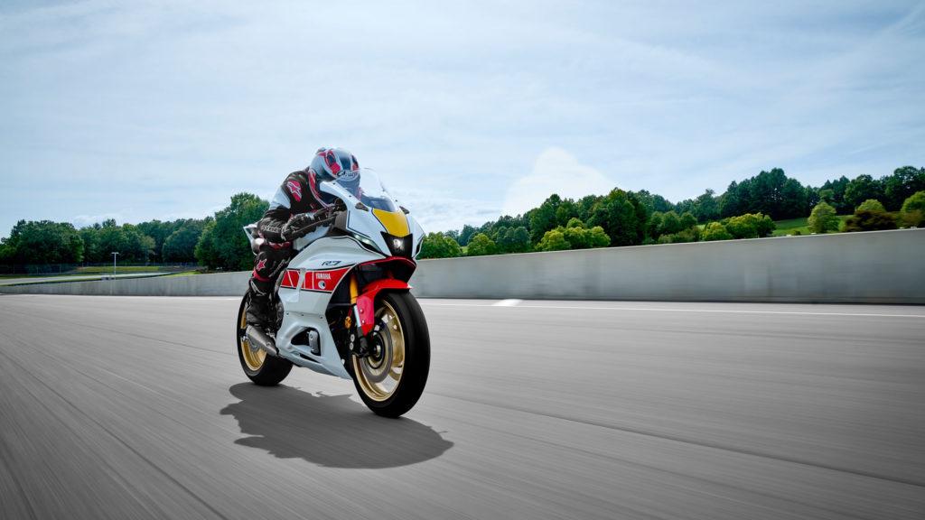 2022 Yamaha R1 - World GP 60th Anniversary   Fanaticar Magazin